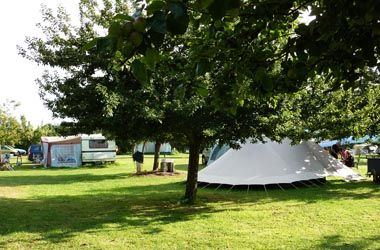 2012# http://cdt22.media.tourinsoft.eu/upload/Camping-a-la-Ferme-Les-Hortensias_8.jpg