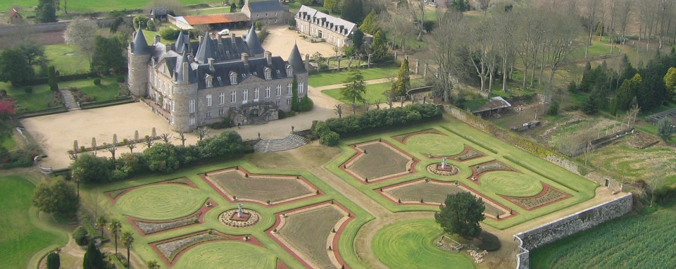 ©Office de Tourisme Communautaire Lannion Trégor Communauté#http://cdt22.media.tourinsoft.eu/upload/CDT22-tfinal-Jardins-Kergrist_2.jpg